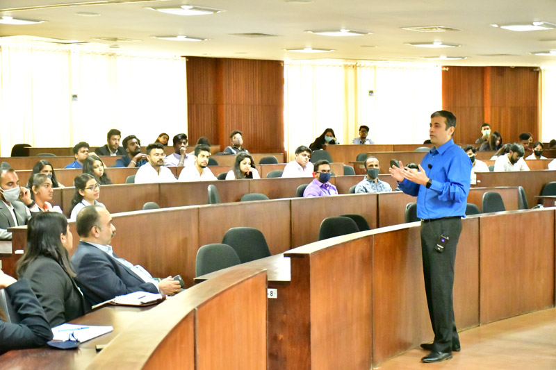 Specialization Briefing Session for MBA & BBA Students