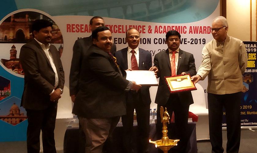 REAA Award 2019 - Dr. Kapil Arora